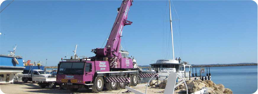 Crane hire in Perth